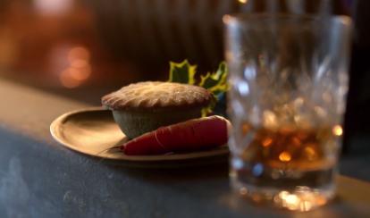 aldi - christmas carrot